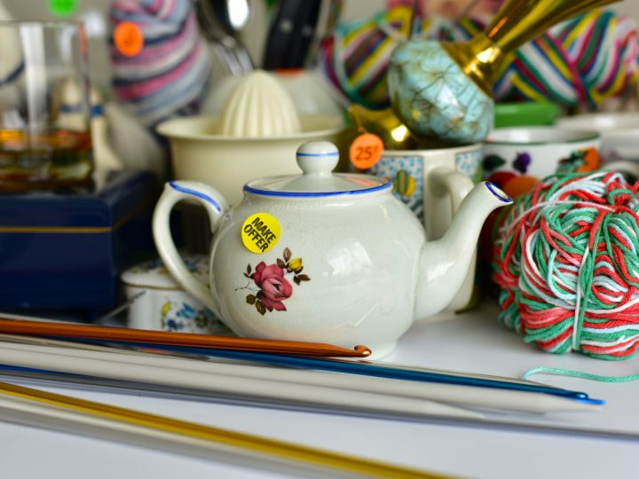 How to have a successful garage sale or estate sale